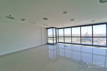 Office for Rent in Jumeirah Lake Towers (JLT), Dubai - Fully Fitted | Open Space | Ready To Move In