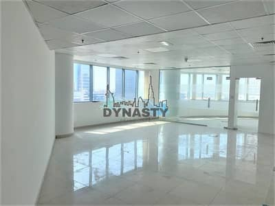 Office for Rent in Business Bay, Dubai - Spacious Office | Fully Fitted | Ready to move in