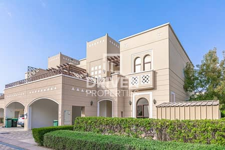 فیلا 4 غرف نوم للايجار في مدن، دبي - Well-managed and Amazing 4 Bedroom Villa