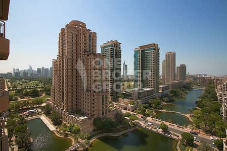 VACANT   Full Lake View   Well Furnished