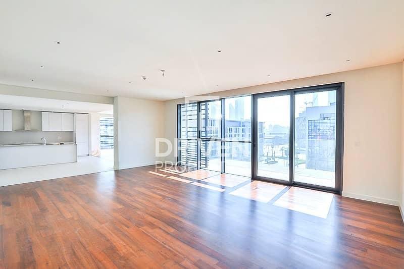 Premium 4 Bedroom Penthouse in City Walk