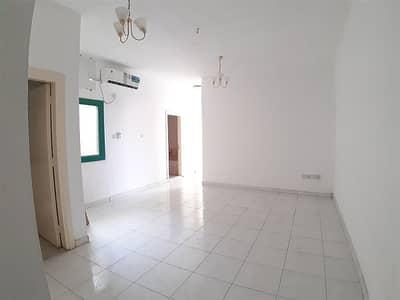 2 Bedroom Flat for Rent in Bu Daniq, Sharjah - Balcony | Fitted Split A/C | Near Mega Mall