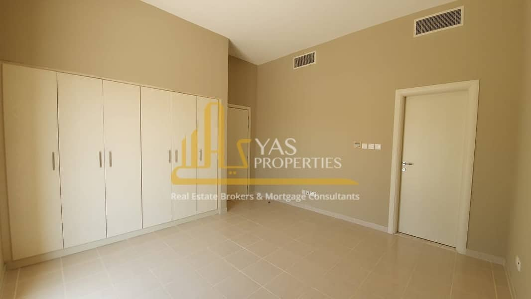 Large Independent Villa Free Maintenance  Pay in 12 chqs