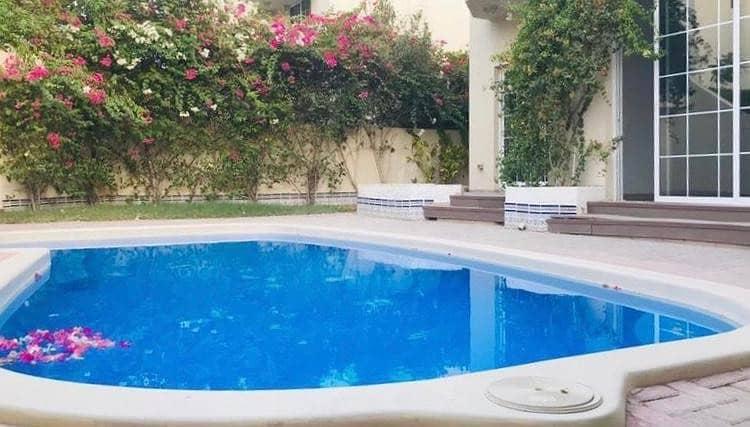 Spacious 5 b/r villa with pvt pool jumeirah 2