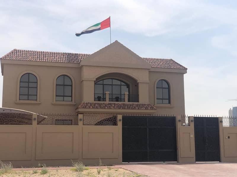 Brand New Upgraded 5 BR Villa/Majlis/Maid/Covered Parking