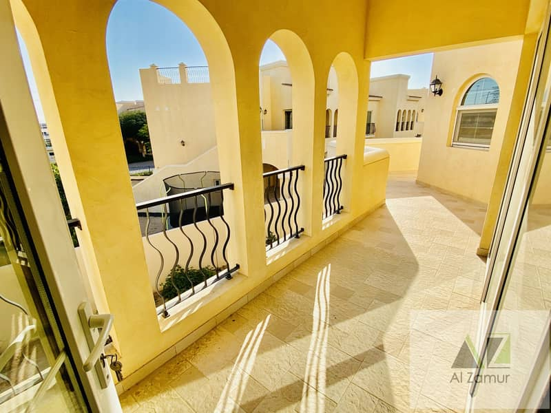 3 BR villa 2 Floors available for Rent