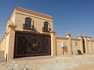 فیلا 5 غرف نوم للايجار في الياسمين، عجمان - فیلا في الياسمين 5 غرف 65000 درهم - 4536941