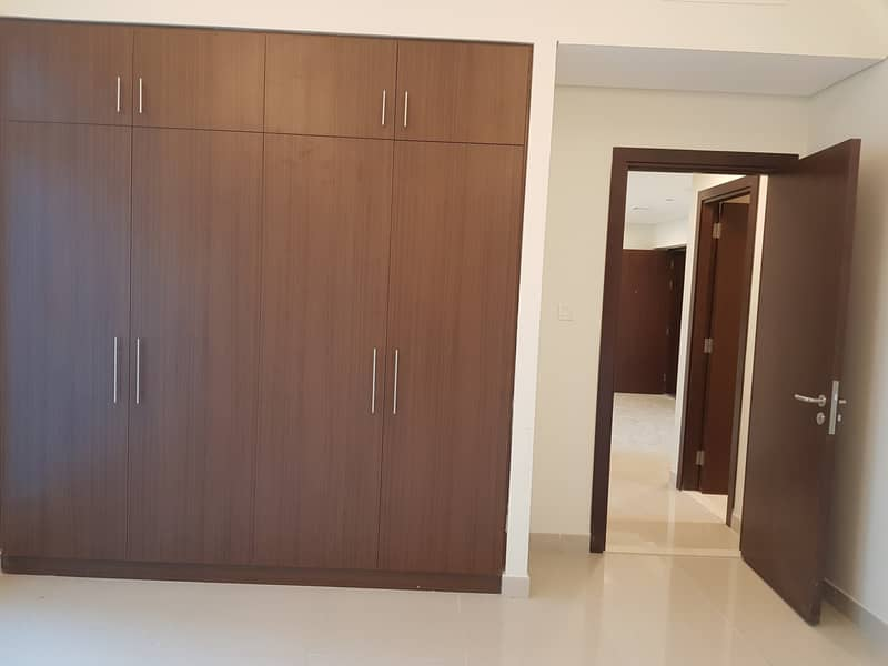 1 Month Free_Brand New 3 BHK With Maids Room+2 Parking