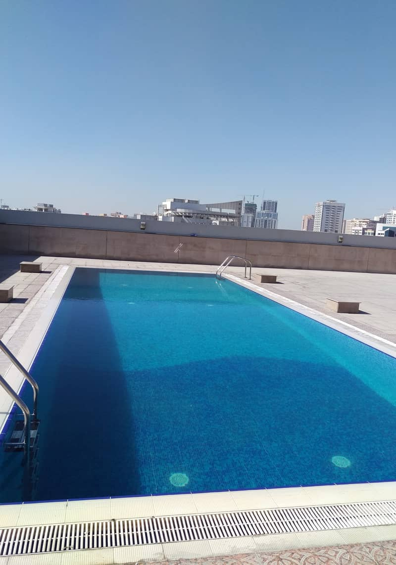 Chiller Free !! Stunning 3 BR Apartment Plus Maid Room !! Open View !! Rent 80K