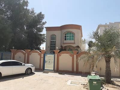 فیلا 5 غرف نوم للايجار في الروضة، عجمان - فيلا بمساحات كبيره  فى عجمان  قريب شارع الشيخ عمار65000