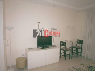 Studio for Sale in Dubai Marina, Dubai - Sea View Studio in Sky View Tower