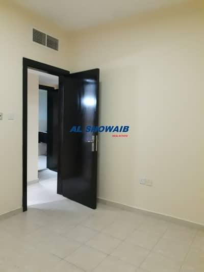 1 Bedroom Flat for Rent in Bur Dubai, Dubai - Cheapest 1 Bedroom near Howard Johnson Hotel Burdubai