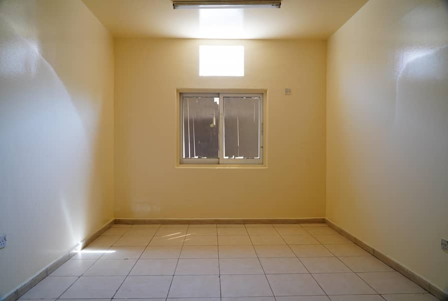 2 Well Maintained Labour Camp| Multiple Units| near Al Khalil Mall - Al Quoz 3