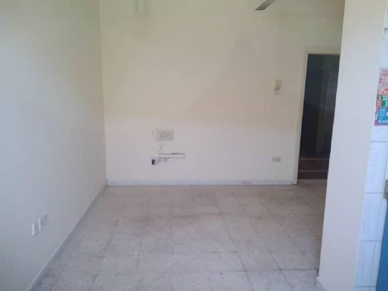 شقة في نايف ديرة 28000 درهم - 3211125