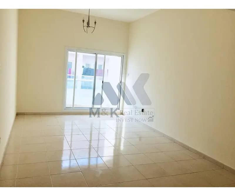 Gated Community   Built-in Wardrobes   Balcony
