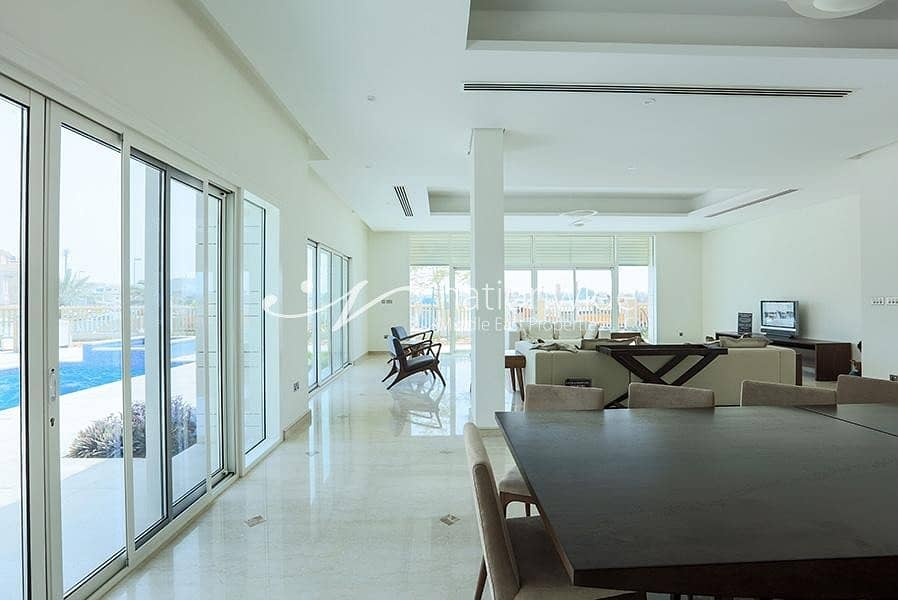 2 Enrapturing Villa In The Prime Marina Sunset Bay
