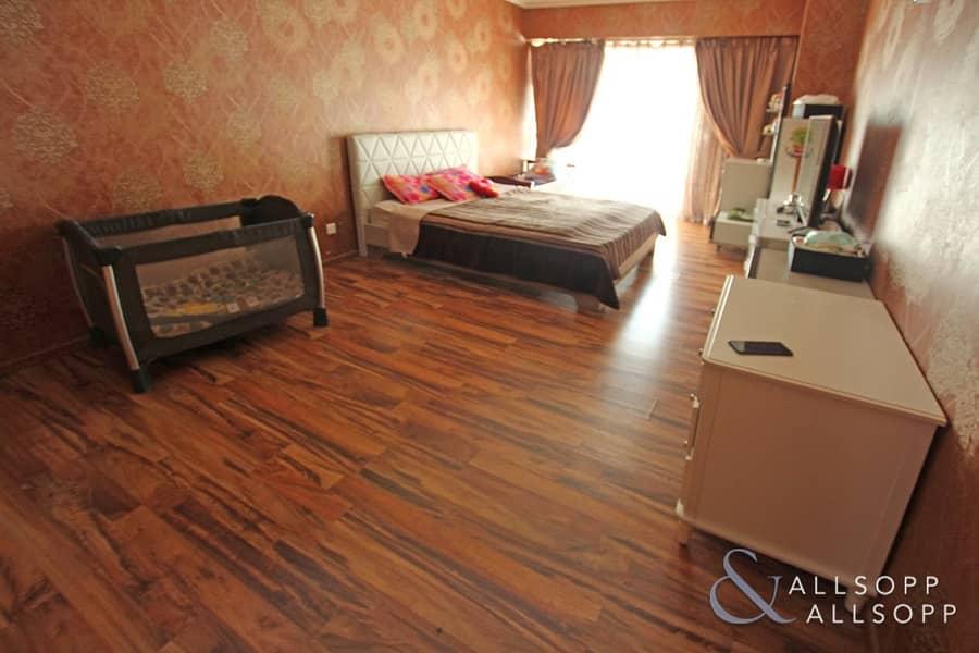 2 3 Beds   Terrace   Park View   5569 SqFt