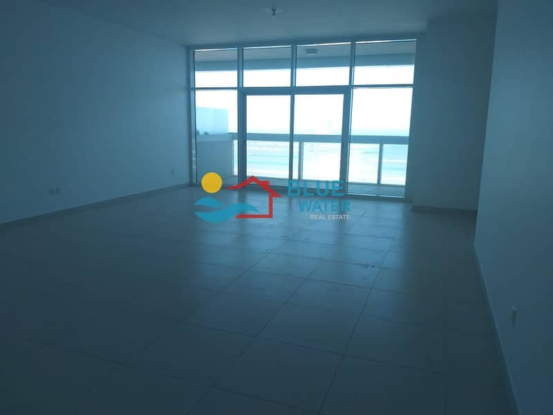 2 No commission ! Sea View stunning 2 Br with huge terrace and facilities