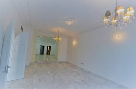 5 Bedroom Villa for Rent in Al Mushrif, Abu Dhabi - Elegant and Spacious Villa With Maids Room