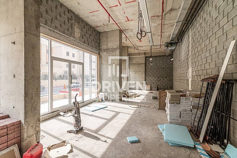12 Shell and Core Retail Space in May Residence