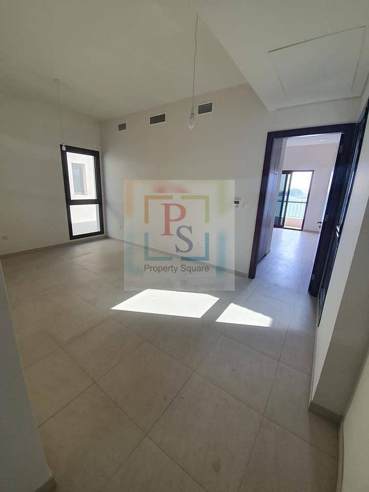 2 Luxury 5 BR Villa @ Hot Price W/D Private Beach