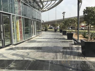 محل تجاري  للايجار في برشا هايتس (تيكوم)، دبي - Superb Retail for rent on the main street