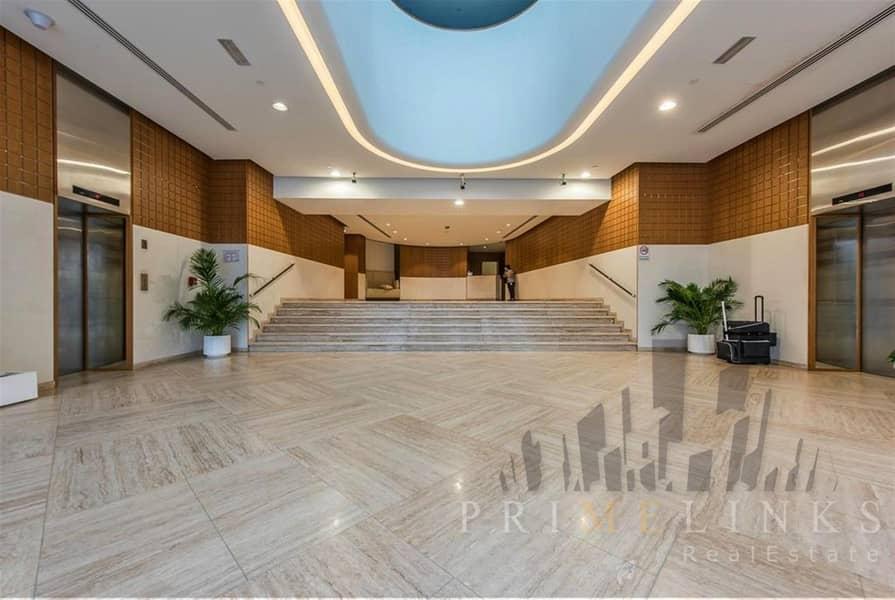 11 Studio Close Burj Al Arab Furnished with Balcony