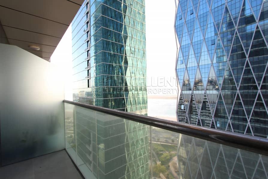 18 Amazing 4BH Apt| Balcony| Parking| Sea View