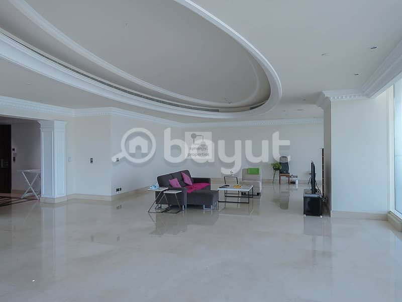 Apartment at Le Rve is a palace in the Dubai sky