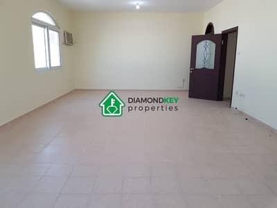 فیلا 6 غرف نوم للايجار في الباھیة، أبوظبي - فیلا في الباھیة 6 غرف 160000 درهم - 4538689