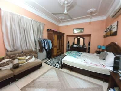 فیلا 5 غرف نوم للبيع في المويهات، عجمان - فيلا للبيع في عجمان  الروضة 2