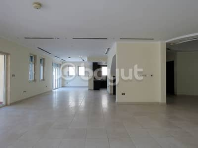 5 Bedroom Villa for Rent in Jumeirah Park, Dubai - Regional 5 Bedroom District 1 Landscaped with  pool