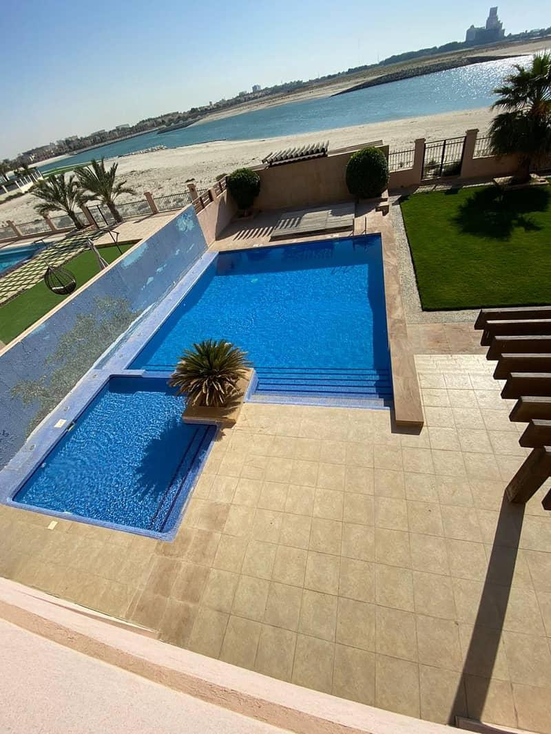 فیلا في جزيرة الصقر قرية الحمراء 5 غرف 4000000 درهم - 4174124