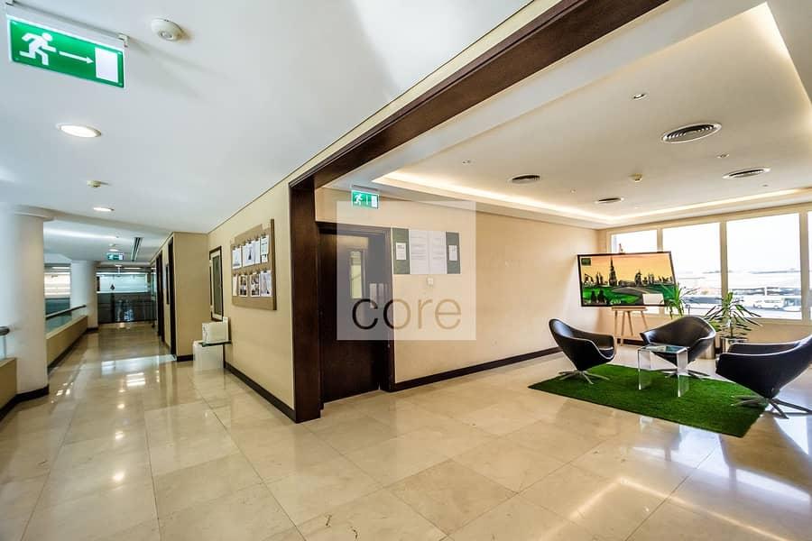 Commercial Building | Prime Location