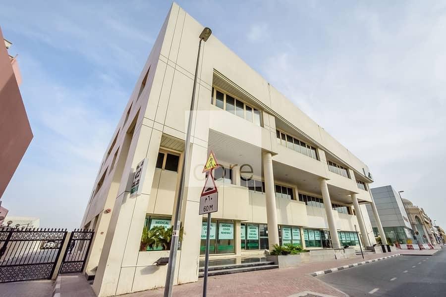 20 Commercial Building | Prime Location