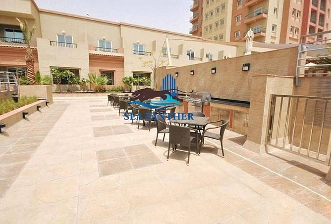 10 APARTMENT FOR SALE   620K AED   IMPERIAL RESIDENCE