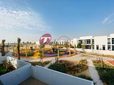 تاون هاوس 3 غرف نوم للايجار في مدن، دبي - Single Row Close to Pool -Park Brand New