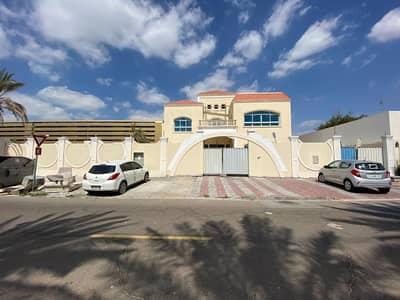 6 Bedroom Villa for Sale in Al Rashidiya, Dubai - Amazing 6-bed With Maids and Driver Room | Corner Independent Villa |