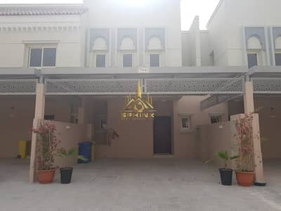 2 Bedroom Townhouse for Rent in Jumeirah Golf Estate, Dubai - Stunning 2 B/R + maid Townhouse in JGE
