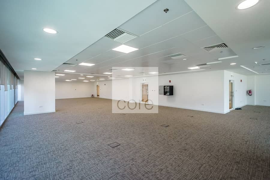 High Quality | Fitted Office | Corner Unit
