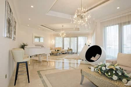 5 Bedroom Villa for Sale in Palm Jumeirah, Dubai - Upgraded Villa | Fully Furnished | Marina View