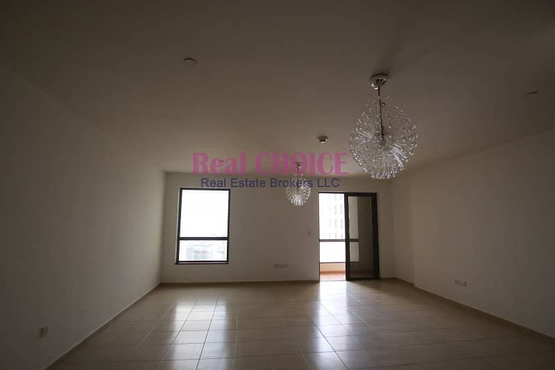 2 Payable in 4 Cheques|Studio with Sea View