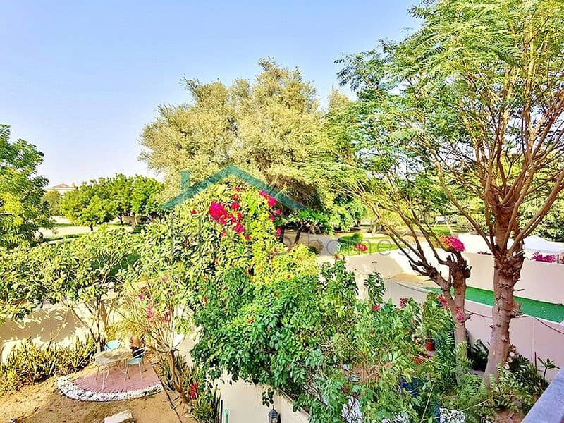 10 BACKING PARK | LOVELY GARDEN | AVAILABLE NOW