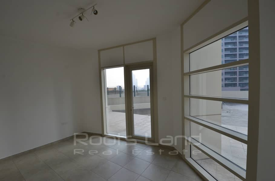 14 Stunning 2 BR Apartment With Huge Terrace
