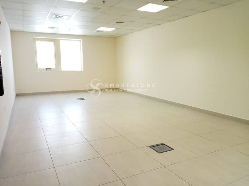 BEST DEAL FOR SPACIOUS FITTED OFFICE l PERFECT SIZE AND VIEW l GOOD LOCATION W/ PUBLIC TRANSPORTATION