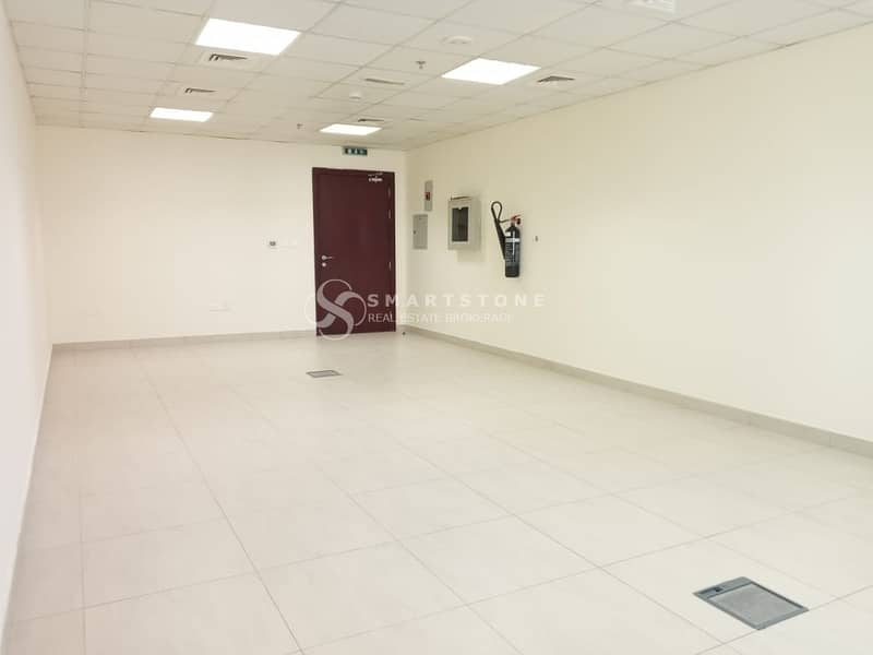 2 BEST DEAL FOR SPACIOUS FITTED OFFICE l PERFECT SIZE AND VIEW l GOOD LOCATION W/ PUBLIC TRANSPORTATION