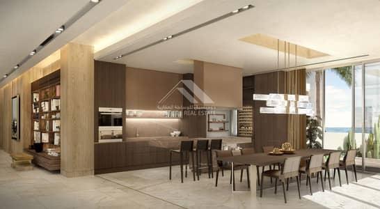 5 Bedroom Villa for Sale in Palm Jumeirah, Dubai - Luxury 5 B/R villla in palm Jumeirah  .