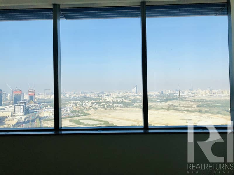 DIFC Views - Specious Unit - Modern Fitted Kitchen- Sea View