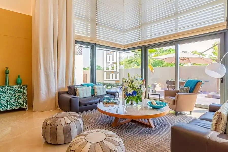 Luxurious Villa in Dubai! Smart house system w/ lift/Elevator. Zero commission