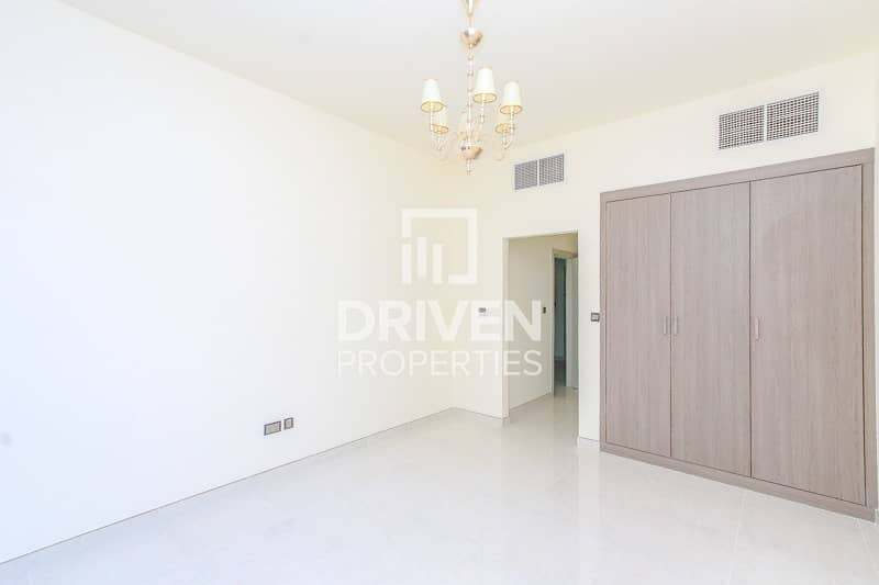 15 Bright and Spacious  1 Bedroom Apartment